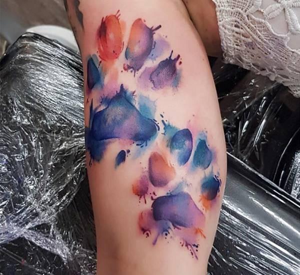 Betekenissen & inspiratie Dieren  Pootafdruk tattoo: betekenis en 30 ideeën