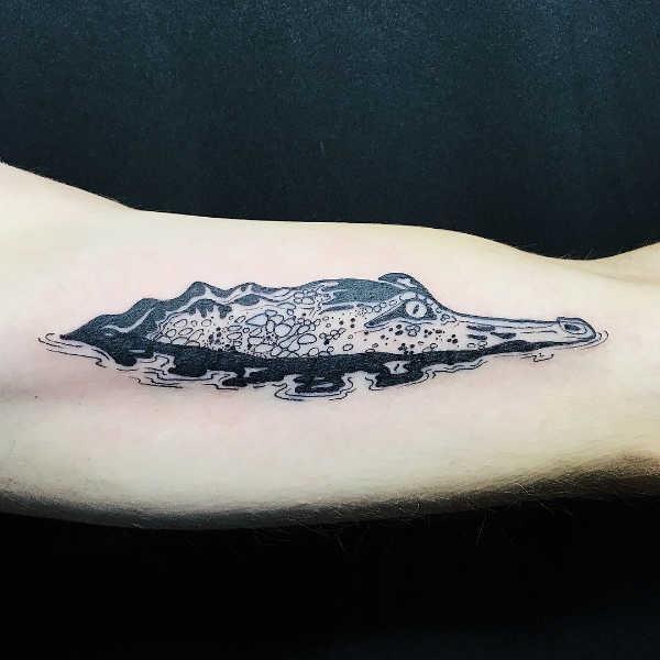 Betekenissen & inspiratie Dieren  Alligator tattoo: betekenis & 27x tattoo-inspiratie