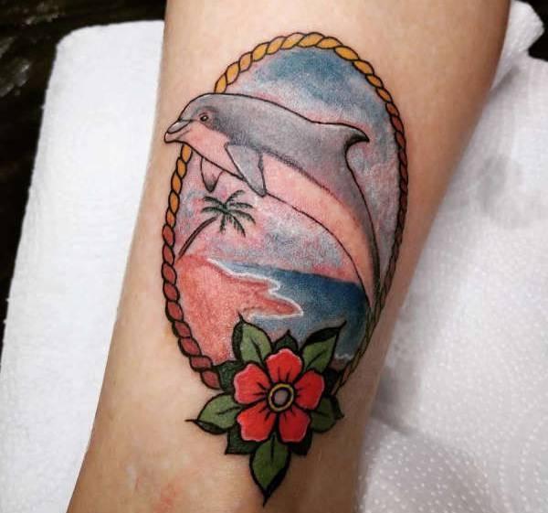 Betekenissen & inspiratie Dieren  Dolfijn tattoo: betekenis en 25x tattoo-inspiratie