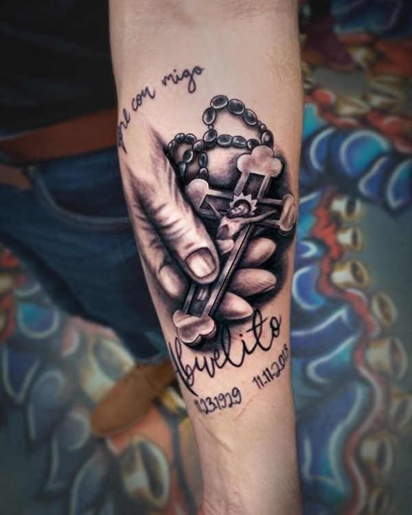 Betekenissen & inspiratie  Herdenkings tattoo: betekenis en 80 voorbeelden