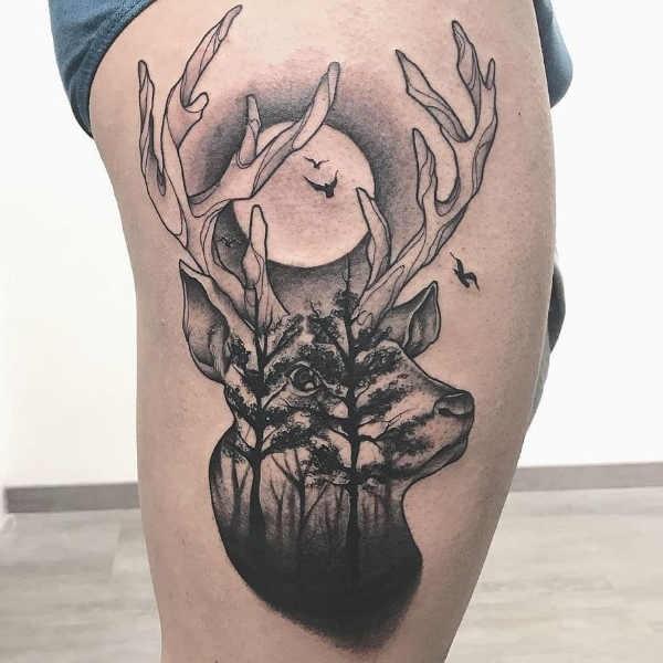 Betekenissen & inspiratie Dieren  Herten tattoo: betekenis & 50 tattoo ideeën