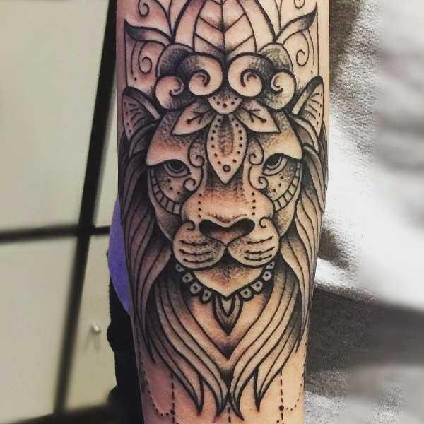 Leeuw Tattoo Betekenis En 50 Tattoo Ideeën