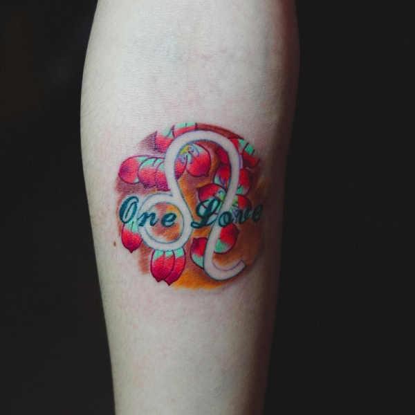 Betekenissen & inspiratie Sterrenbeelden-tatoeages  Sterrenbeeld leeuw tattoo: betekenis & 30x tattoo-inspiratie