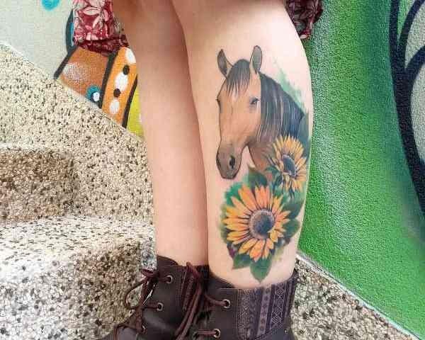 Betekenissen & inspiratie Dieren  Paard tattoo: betekenis & 35 tattoo ideeën