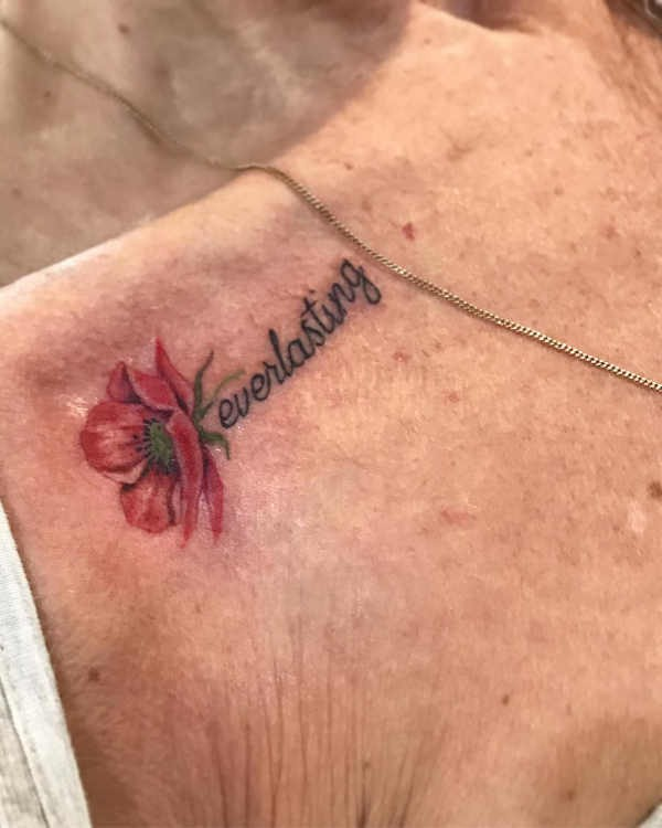 Sleutelbeen Tattoos 100 Prachtige En Originele Tattoo Ideeën