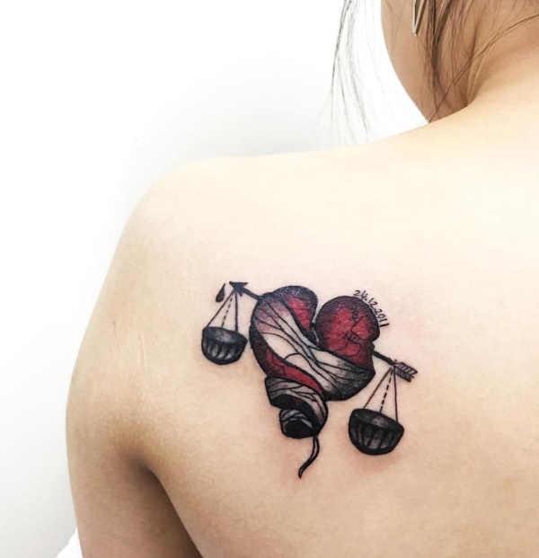 Betekenissen & inspiratie Sterrenbeelden-tatoeages  Sterrenbeeld weegschaal tattoo: betekenis & 50x tattoo-inspiratie