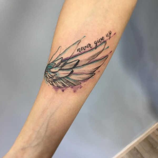 Betekenissen & inspiratie  Vleugel tattoo: betekenis en oorsprong & 80x tattoo-inspiratie